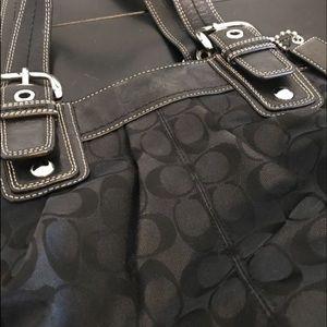 Authentic Coach Coach Shoulder Bag - like new!